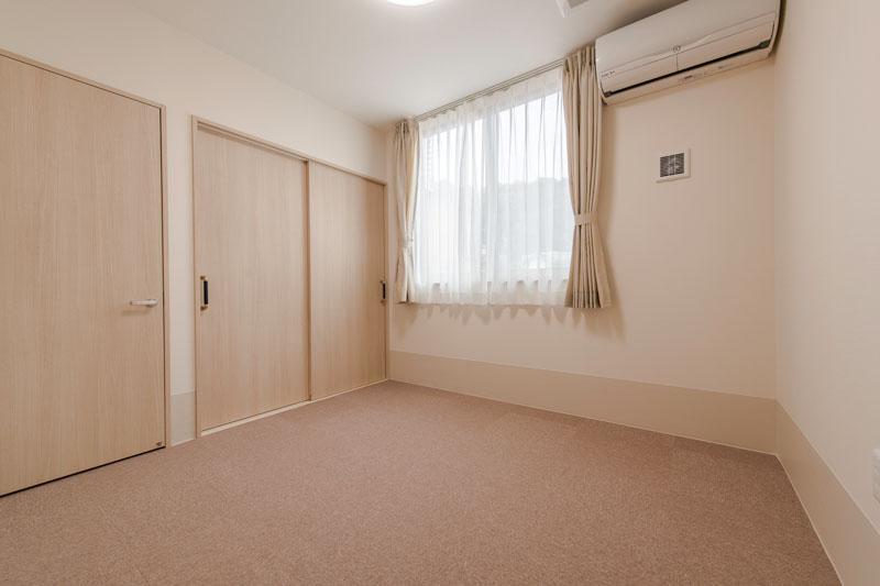 102号室-個室