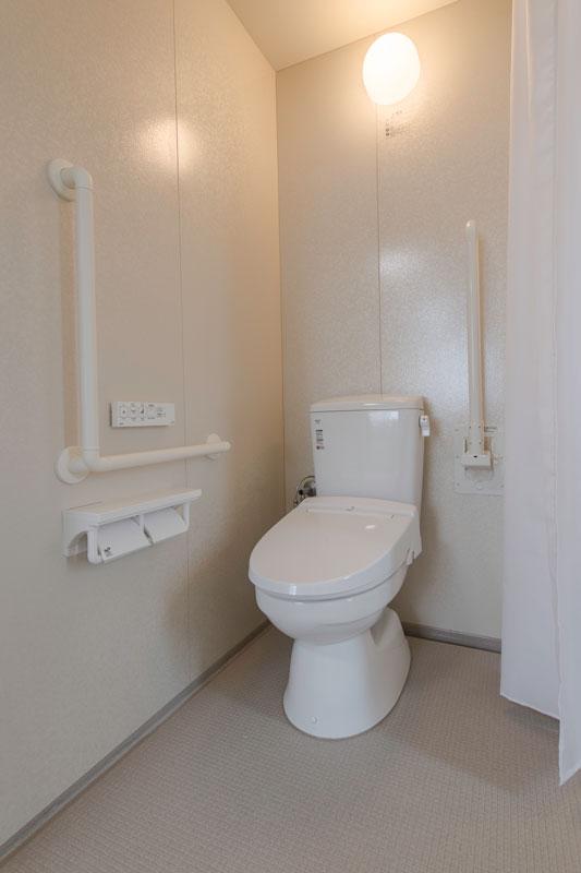 201号室-トイレ
