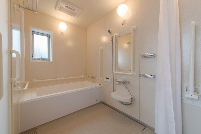 202号室-浴室
