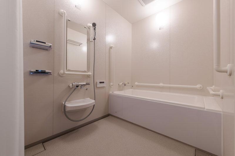 206号室-浴室